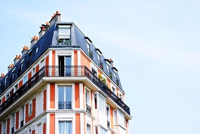Материнский капитал на долю у родственников: как выкупить часть жилья?
