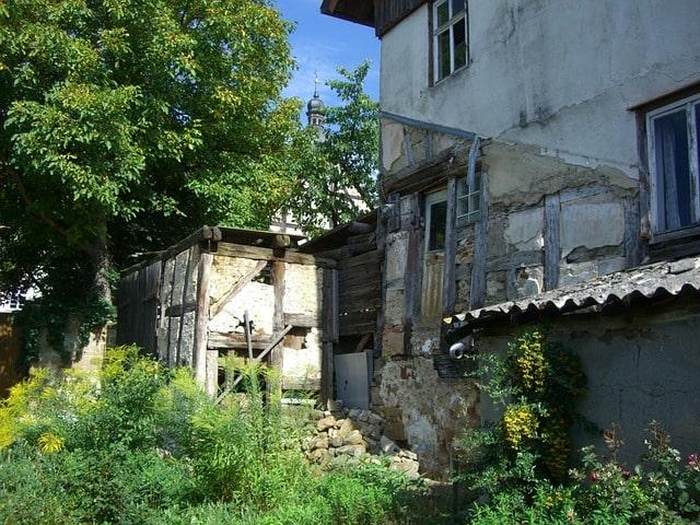 Жилье для небогатых граждан: Путин поручил помочь малообеспеченным семьям