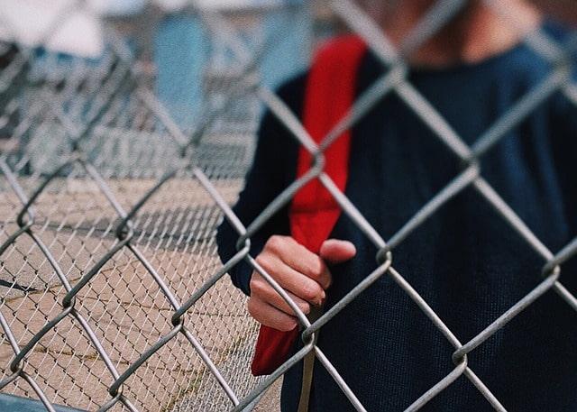 Во всех российских школах и детских садах усилят меры безопасности