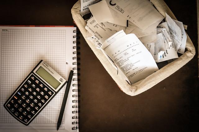 Налоговые вычеты по НДФЛ: за что можно вернуть деньги