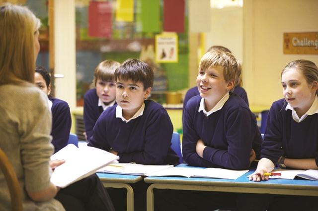 Закон о правовом статусе педагога защитит учителей и введет новые льготы