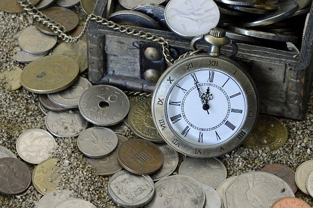 https://pixabay.com/photos/pocket-watch-time-of-sand-time-1637393/