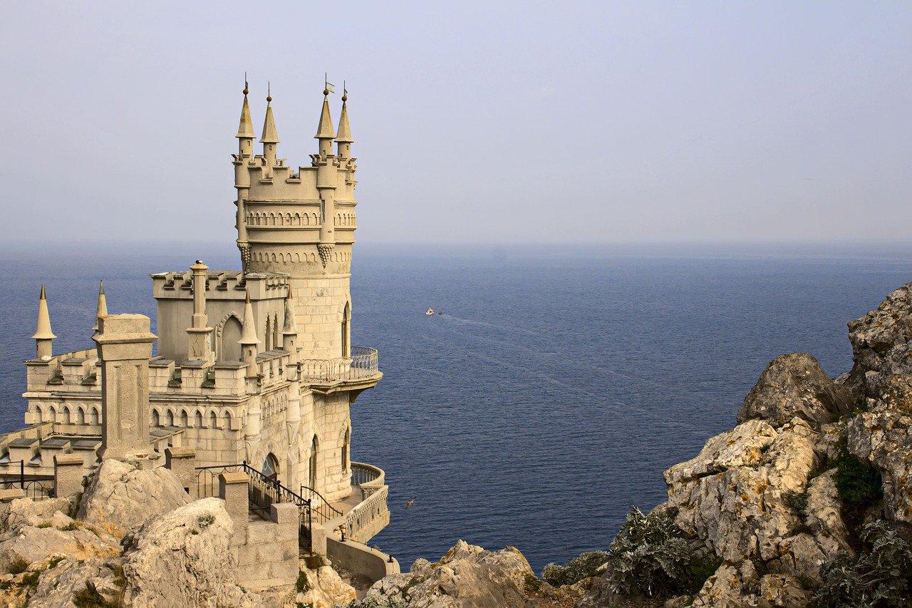 Жилищный сертификат в Крыму — программа заморожена до 2024 года: ответы на вопросы
